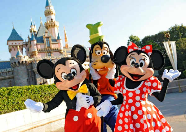 Disneyland Paris » 3 Noites ao Preço de Duas + Voos + Entradas. Vamos?